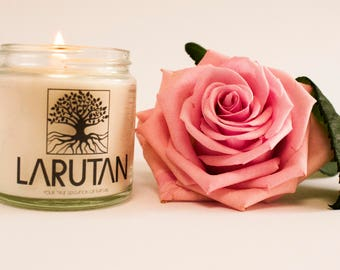 LARUTAN Rose hand made soy candle