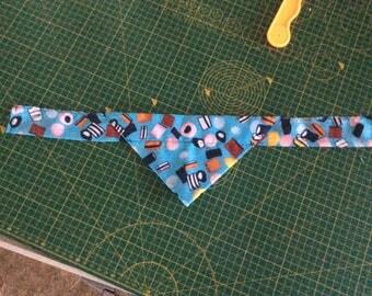 All sorts! Tie on dog bandana