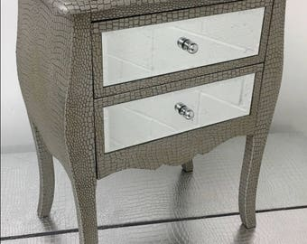 1 X Moc Croc Embossed 2 Drawer Mirrored Bedside Table Cabinets