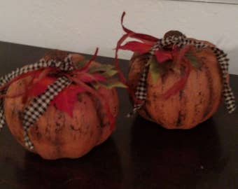 Autumn Pumpkin Small - Paper Mache