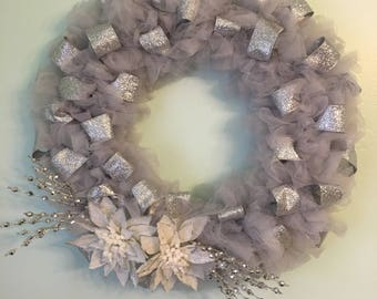 Shimmer Wreath