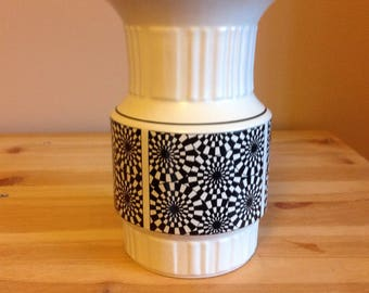 Black and white vase.