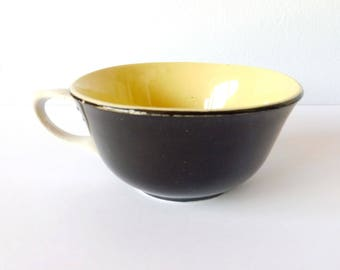 Cup vintage, yellow Cup, Cup retro, old Cup