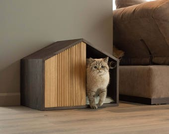 EFFECT House. Indoor house for cats.