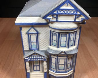 Vintage Charming Victorian house cookie jar/container