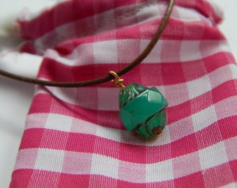Necklace with green stone