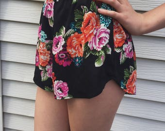 Vintage Style Floral Shorts