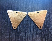 Hammered Antiqued Brass Triangle Charms - 1 pair - 18mm - Double Hole Earring Charms