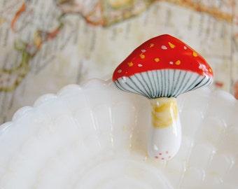 ceramic handmade red mushroom brooch - toadstool - woodland