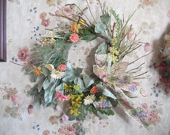 NADINE  WREATH   Twigs and VINTAGE plastic flowers for Spring