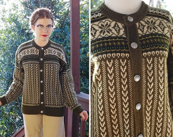 LILLEHAMMER 1950's 60's Vintage Men's Dark OLIVE Green Wool Knit Cardigan Sweater w/ Silver Buttons // Made in Norway // size Medium 40 42