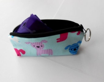 Dog Bag Holder Zipper Pouch with Key Ring ECO Friendly Padded  NEW Blue Puppies