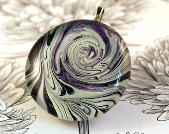 abstract swirl pendant, water marble necklace, purple and white vortex necklace, stylish modern pendant, contemporary art, Netherlands, NL