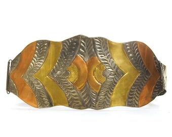 BIG 70s Metal Cinch Belt / Vintage 1970s Indian Stamped Brass Bohemian Belt / Engraved Copper & Tin Artsy Amazon Warrior Boho Tribal Belt