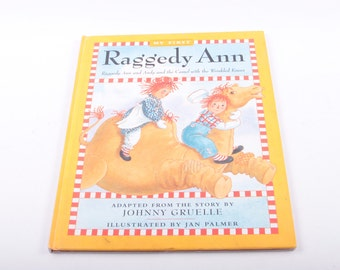 Raggedy Ann, The Camel with Wrinkled Knees, Children's Book, Vintage, Illustrated, Adaptation ~ The Pink Room ~ 161231