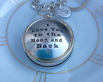 I love you to the moon and back Keychain, Custom Keychain, Gift under 30, Boyfriend Gift, Husband Gift, Gift for Him, Gift for Dad