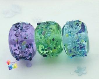Shiny Batik Blossom Trio Rondelle Lampwork Beads