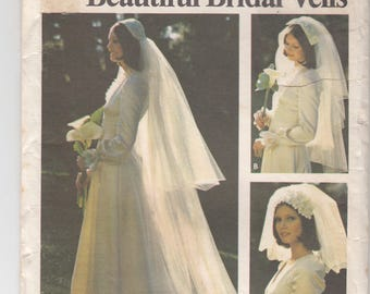 Misses Bridal Headpieces Veil 3 Styles and Lengths Juliet Cap Fabric Bow Head Band Butterick Sewing Pattern 3753 Uncut