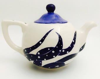 Teapot. Octopus Teapot. Squid. Tea. Coffee. Hot. Chocolate.  Handmade By Sara Hunter