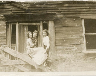 vintage photo 1920 Young Women Enjoy Eating Ice Cream Cone