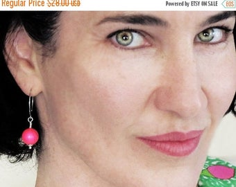 hot pink earrings, neon pink earrings, Swarovski crystal pearl earrings, hot pink earrings, mod earrings, urban jewelry, gift for her