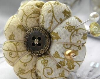 Golden Holly Pincushion Ring