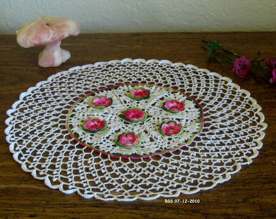 Irish Crochet Lace Doily with 3D Pink Crochet Roses in White - Irish Crochet Decor - Irish Rose Decor - Shabby Chic Decor - French Country