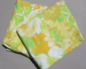 Floral Sheet Set Double Size Flat & Fitted 1970s Vintage Bedsheets No Iron Muslin Yellow Orange and Green Flowers