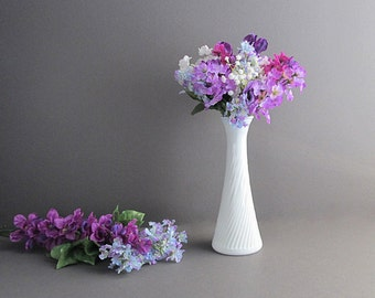Milk Glass Flower Vase, Bud Vase, Shabby Cottage Chic Vase, Wedding Table Decoration