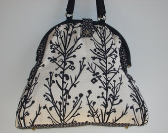 Mary Poppins Bag-WINTERSCAPE