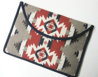 "15"" Macbook Pro Retina Display Laptop Cover Sleeve Case Padded Blanket Wool from Pendleton Oregon Native American Print"