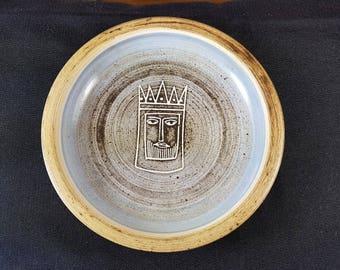 Vintage British Studio Art Pottery King Pawn Bowl Dish