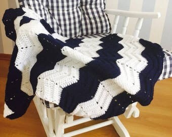 Chevron Baby Blanket, Crochet Baby Blanket, Baby Blanket, Baby Boy Blanket  in NAVY BLUE and WHITE