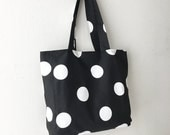 SALE 30% OFF - FREE Shipping - Everyday Tote - Oxygen Dots Black/White