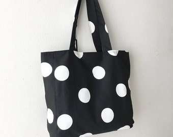 SALE 30% OFF - Everyday Tote - Oxygen Dots Black/White