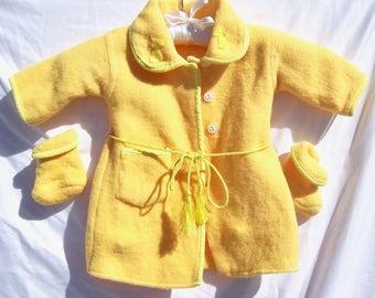 Vintage BEACON SWANSDOWN Baby Robe and Booties Doll Kimono 1940s Apricot NOS