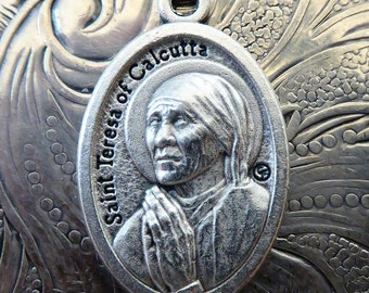 Saint Mother Teresa Of Calcutta Canonization Holy Catholic Religious Medal Pendant, Patron Saint Miraculous Medallion, Made In Italy