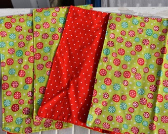 """SALE 10% OFF Set of 4  12"""" 2 ply  Cotton Cloth Napkins Bright Bright Snowflakes and Polka Dots Print"""