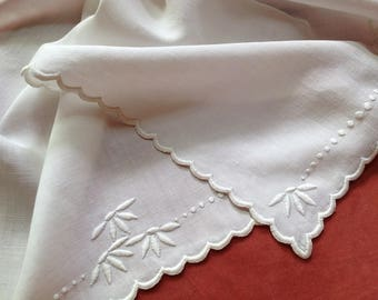 Vintage Whitework Table Centerpiece Linen Placemat Embroidery French Knots