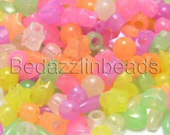 100 Assorted Color & Shaped Glow in The Dark Plastic Acrylic Novelty and Pony Beads