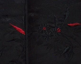Vintage haori S382,  black silk, embroidery