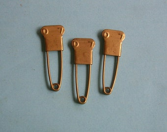 Three Vintage Brass Laundry Pins Numbered Pins Military Pins Steampunk Jewelry DIY Jewelry