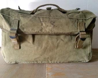 Vintage Boyt 45 WW II US Army Musette Bag Green Canvas
