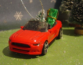 2015 Red Ford Mustang GT Convertible with Christmas tree and gifts ornament