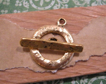 Hammered Toggle Clasp in Antique Gold