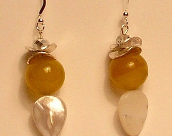 Agate, mother of pearl and sterling silver earrings