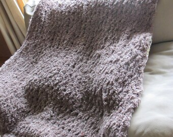 Antique Oak Thick Plush Chunky Knit Throw Blanket