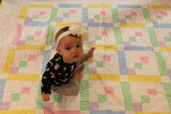 "Baby Quilt-Baby girl-Quilt for Girl- Polka Dots and Daisies Quilt Size 54"" x 64"""