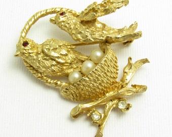 Birds in a Nest Brooch Rhinestone Pearl Vintage Jewelry B7621