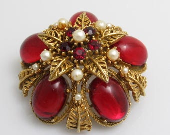 Red Rhinestone Domed Brooch Vintage Jewelry Signed Art Large Star P6487